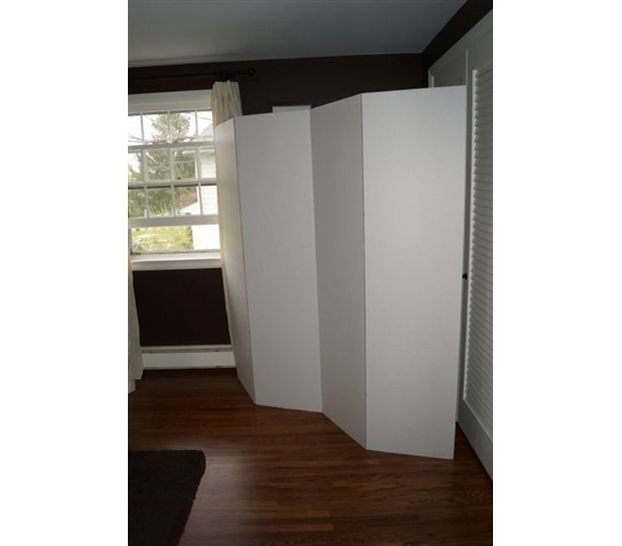 Product Image Privacy Room Divider   White Cardboard