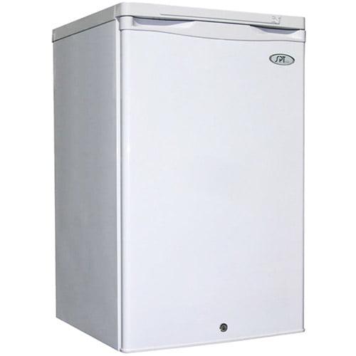 Sunpentown 2.8 cu. Ft. Upright Compact Freezer, White