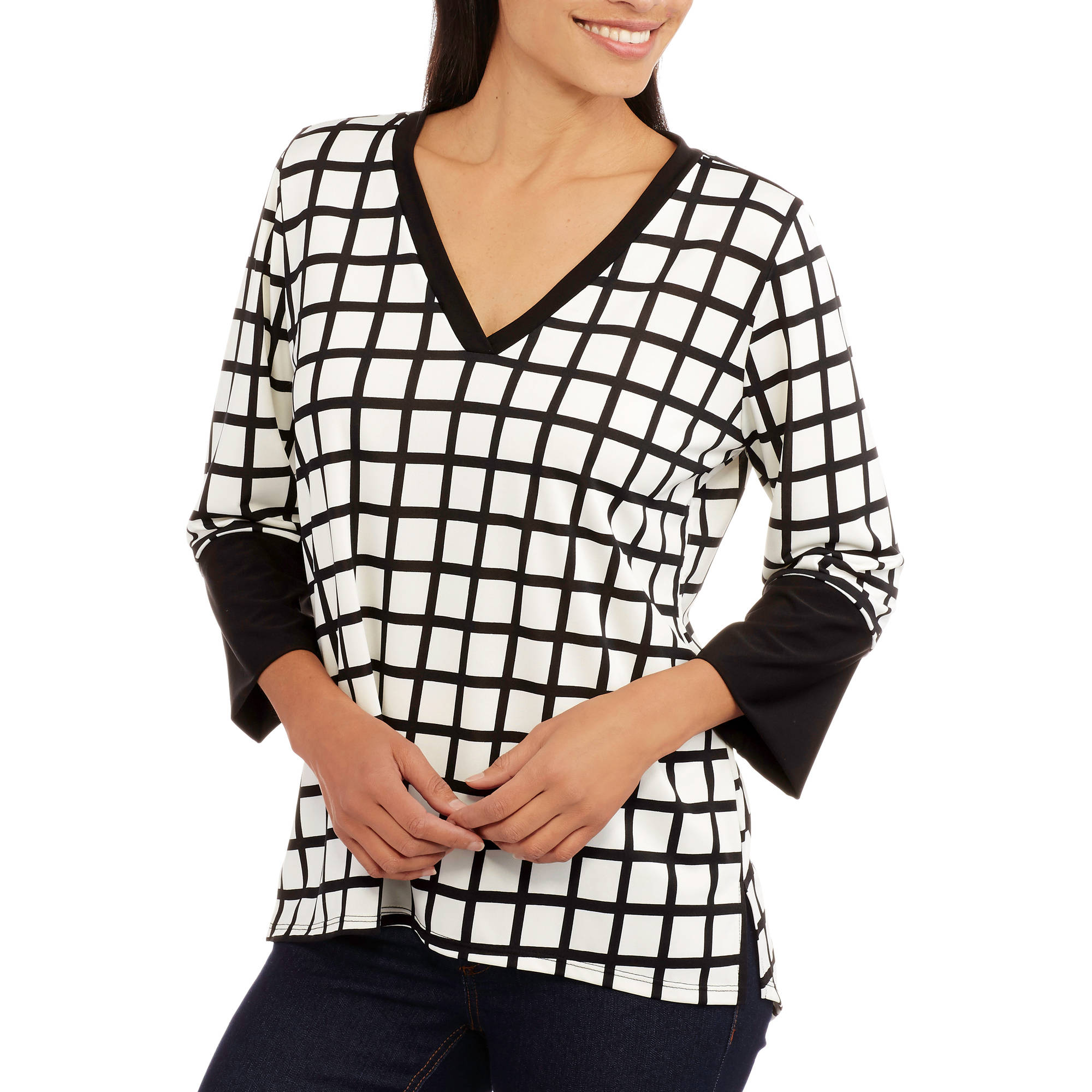 Double Click Women's Black and White Printed Vneck Top
