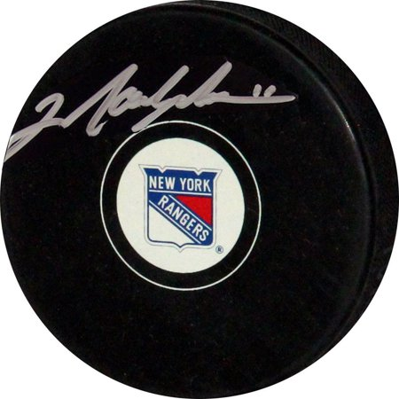 - Mark Messier Oilers Autograph Puck