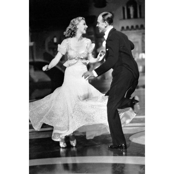 Fred Astaire B W Dancing With Ginger Rogers 24x36 Poster Walmart Com Walmart Com