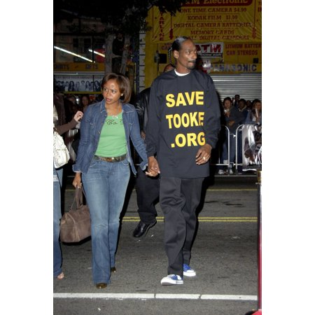 Guest Snoop Dogg At Arrivals For Get Rich Or Die Tryin Premiere GraumanS Chinese Theatre Los Angeles Ca  November 02 2005 Photo By Michael GermanaEverett Collection Celebrity