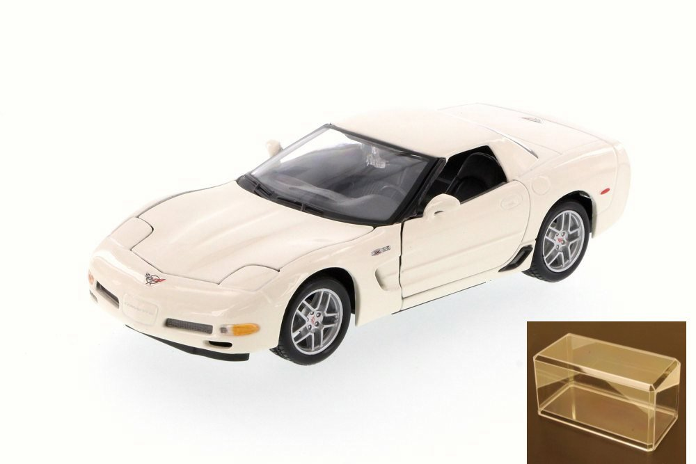 Diecast Car & Accessory Package 2002 Chevy Corvette Z06 Hard Top, White Maisto 31989 1 24... by Maisto
