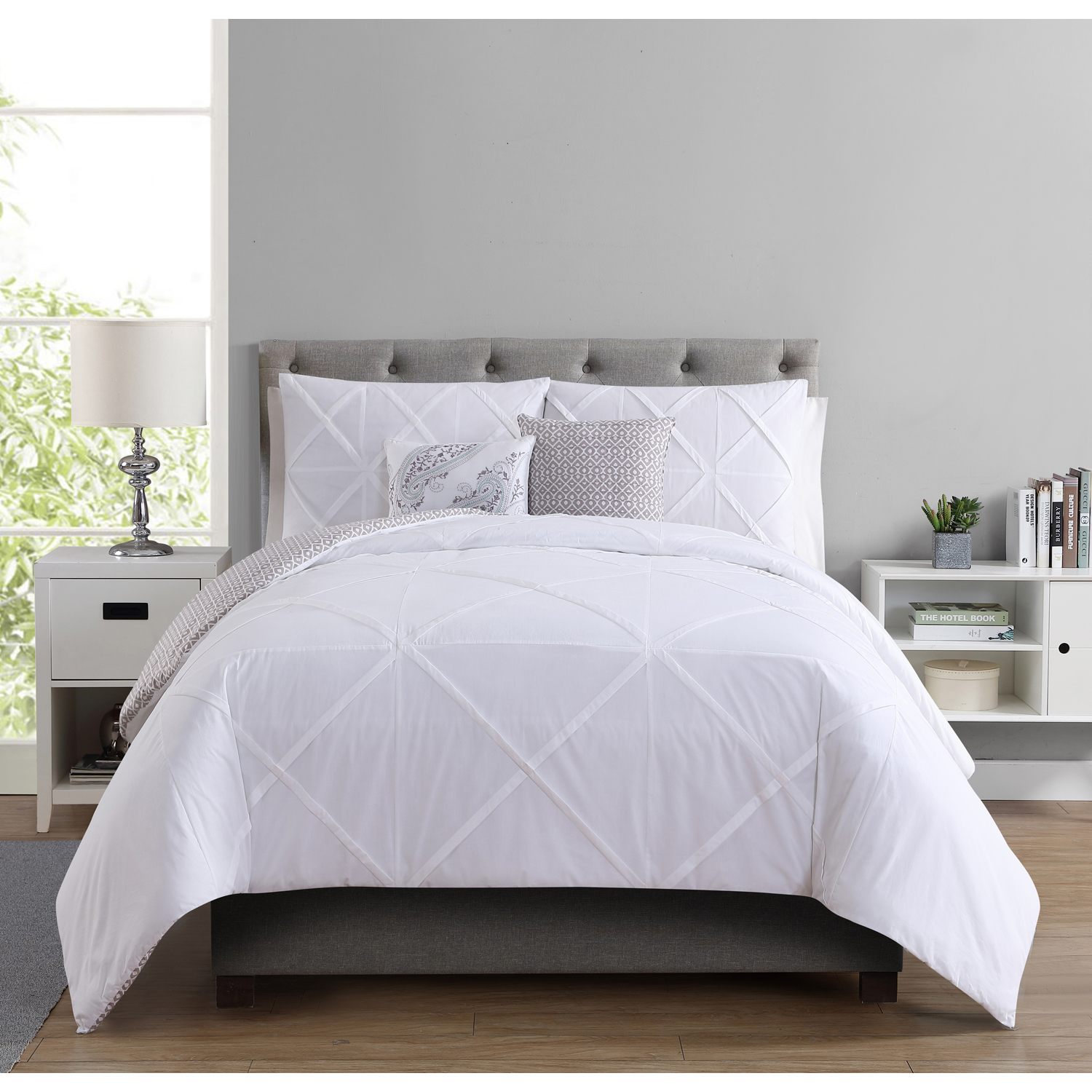 Better Homes and Gardens Pinched Design 5-Piece Reversible Cotton Bedding Comforter Set, White, Queen