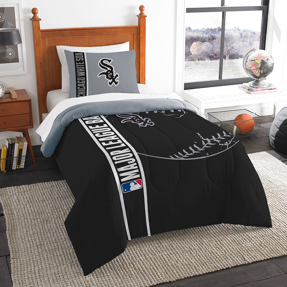 "Chicago White Sox MLB Twin Comforter Set (Soft & Cozy) (64"" x 86"")"