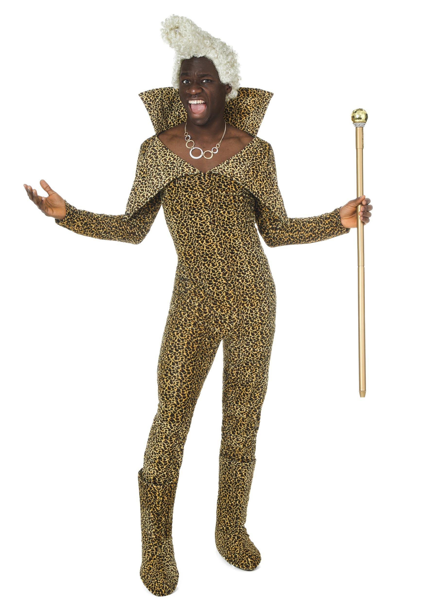 Cosplay costume. Halloween costume Corbin Dalas costume Fifth element costume