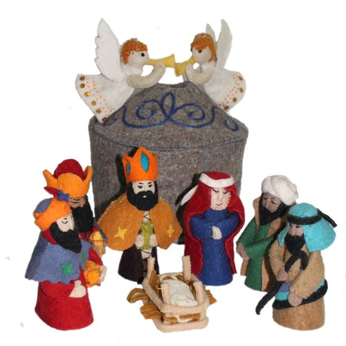 The Holiday Aisle 9 Piece Magical Felt Nativity Set
