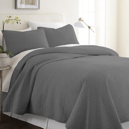 Noble Linens Premium Ultra Soft Herring Pattern King Quilted Coverlet Set