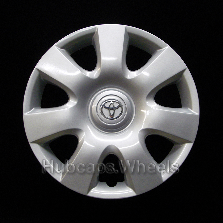 OEM Genuine Toyota Wheel Cover - Professionally Refinished Like New - Camry 15-inch hubcap 2002-2004 - Silver logo