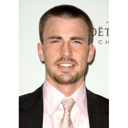Chris Evans At Arrivals For 15Th Annual Elle Women In Hollywood Event The Four Seasons Beverly Hills Los Angeles Ca October 06 2008 Photo By Dee CerconeEverett Collection - Halloween Events Bars Los Angeles
