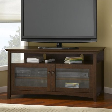 bush buena vista coffee table set with tv stand in madison cherry. Black Bedroom Furniture Sets. Home Design Ideas