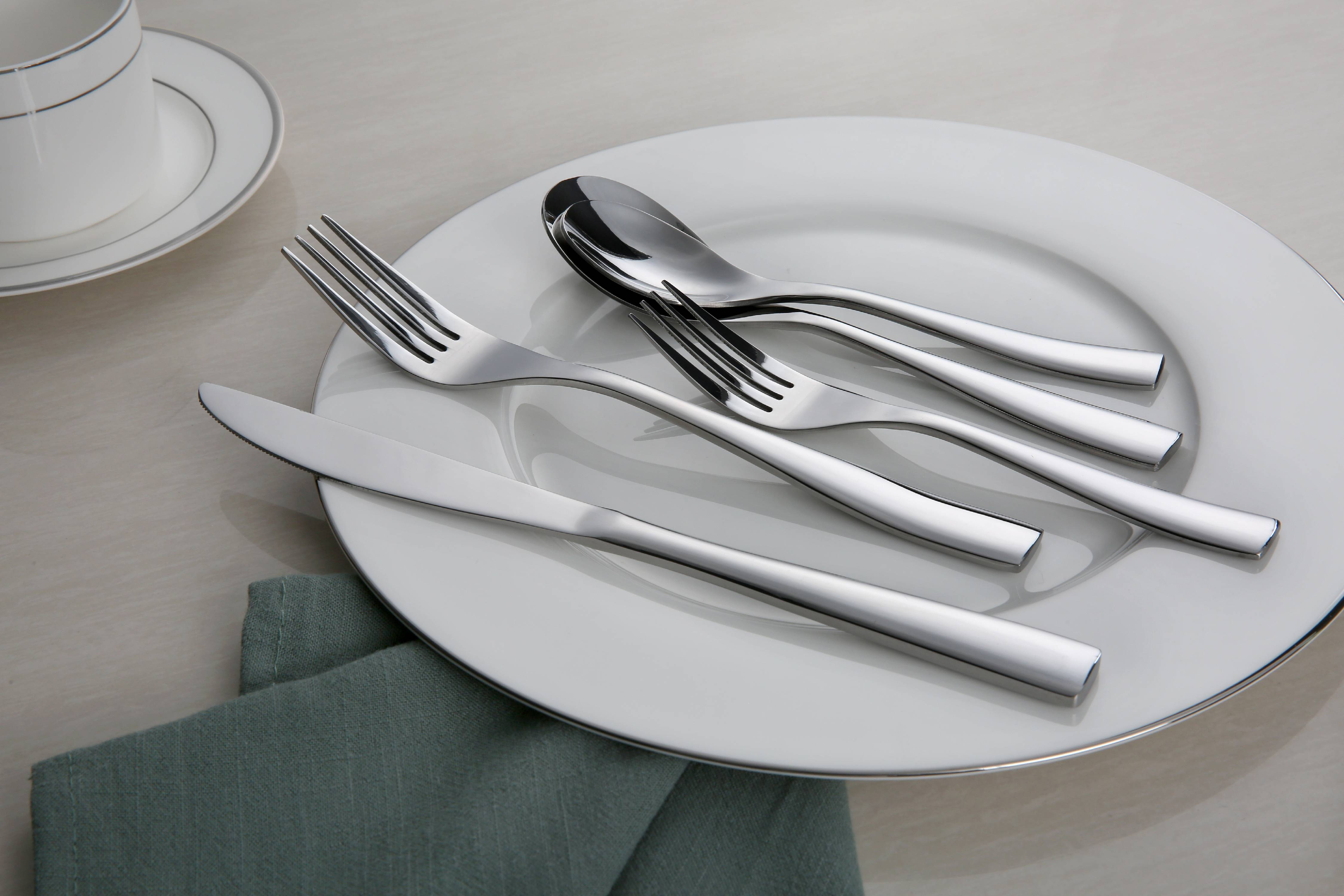 Better Homes & Garden Cornwall 20 Piece Flatware Set by Wal-Mart Stores, Inc.