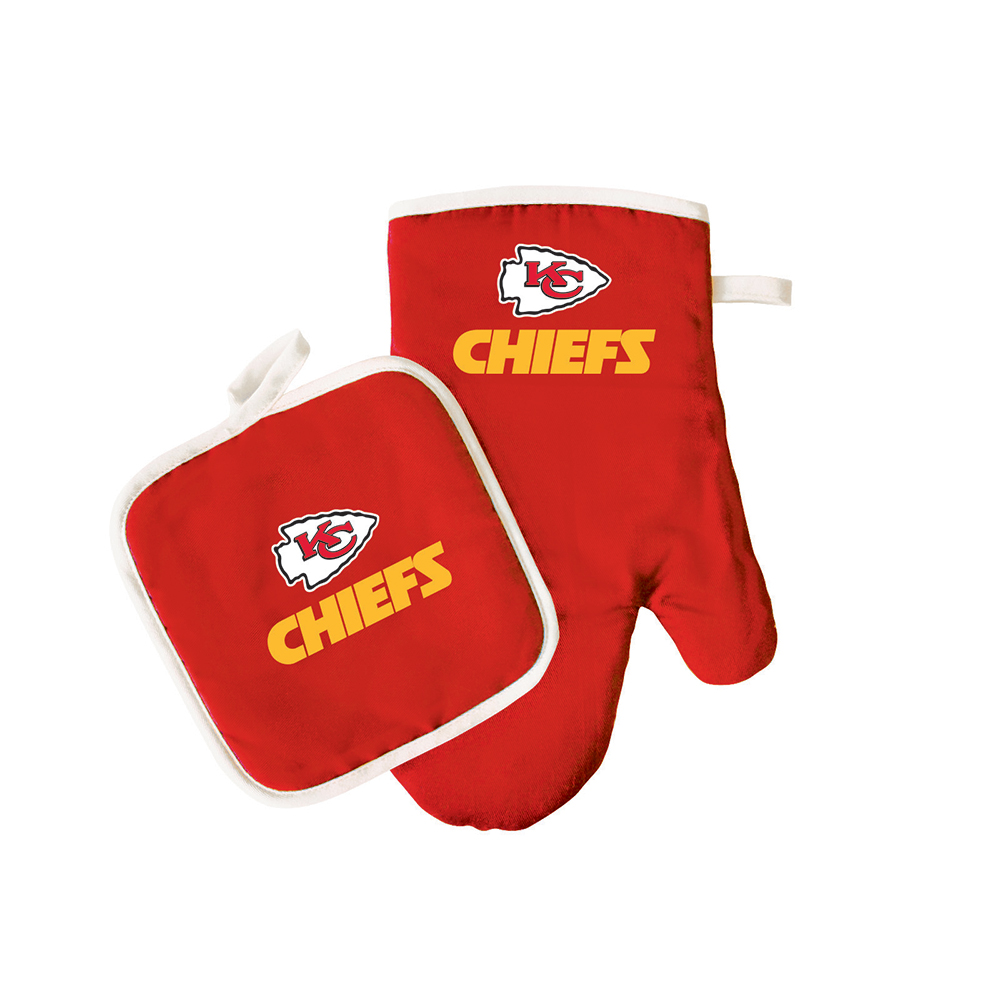 Kansas City Chiefs NFL Oven Mitt and Pot Holder Set by Pro Specialties Group