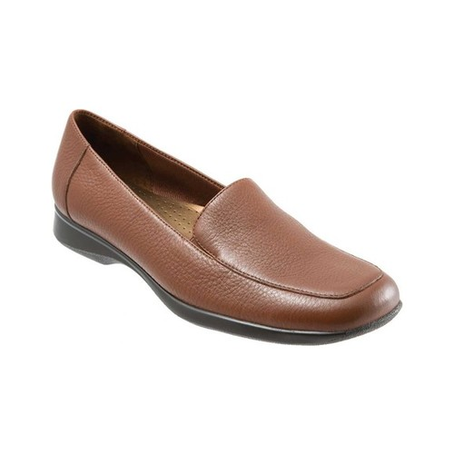 Trotters Womens Jenn Round Toe Loafers by Trotters