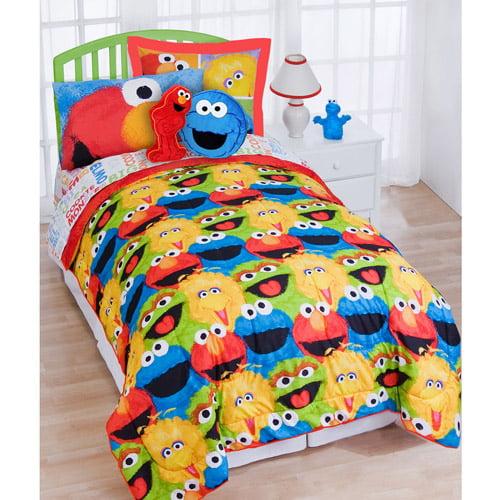 Sesame Street Reversible Comforter Set