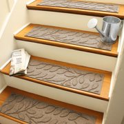Bungalow Flooring Aqua Shield Camel Brittany Leaf Stair Tread (Set of 4)
