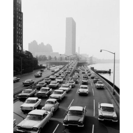 - USA Rush hour traffic leaving New York City on East River Drive at 48th Street Canvas Art -  (18 x 24)