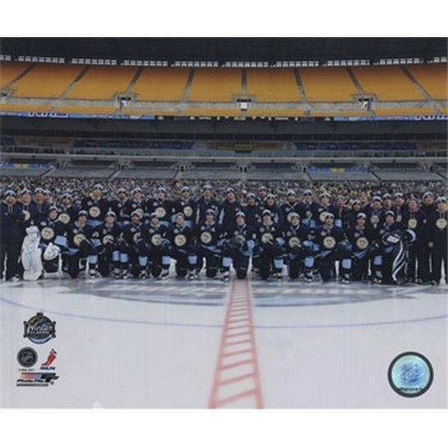 Photofile PFSAANC09401 The Pittsburgh Penguins Team Photo 2011 NHL Winter Classic Sports Photo - 10 x 8
