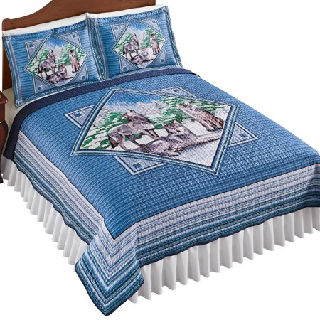 Reversible Northwoods Wolf Diamond Layout Design Quilt - Woodland Bedroom Decor ()