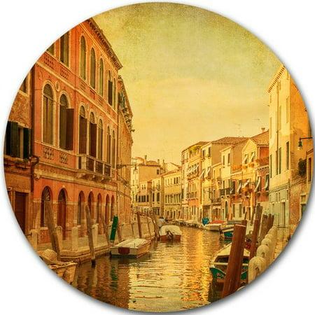 DESIGN ART Designart 'Venetian Canals Vintage View' Landscape Photo Round Wall Art