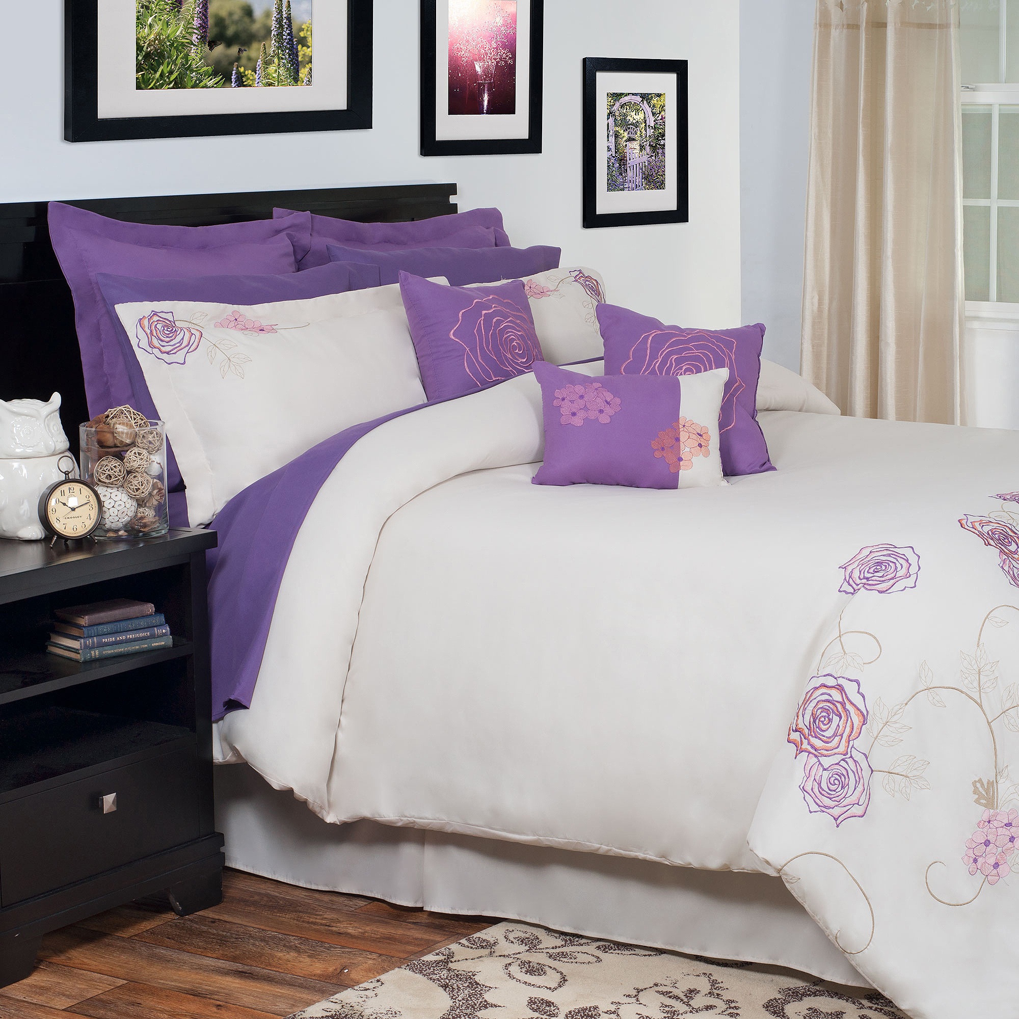 Somerset Home Mia Oversized Embroidered Bedding Comforter Set