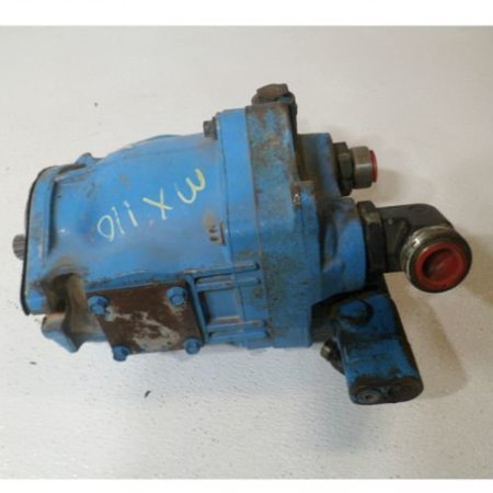 - Hydraulic Pump with Compensator Valve, Used, Case IH, 199142A3