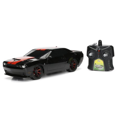 HYPER CHARGER 1:16 BIG TIME MUSCLE REMOTE CONTROL 2015 DODGE CHALLENGER IN BLACK WITH RED STRIPES BY JADA