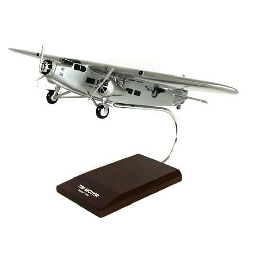 Daron Worldwide Ford AT-5C Pan Am Model Airplane