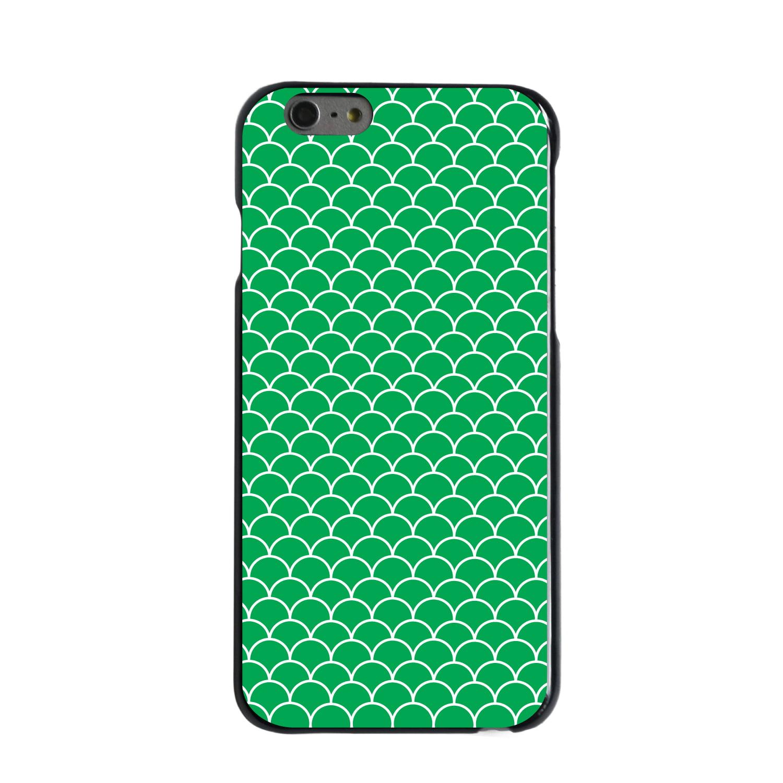 "CUSTOM Black Hard Plastic Snap-On Case for Apple iPhone 6 / 6S (4.7"" Screen) - Green White Scalloped Pattern"
