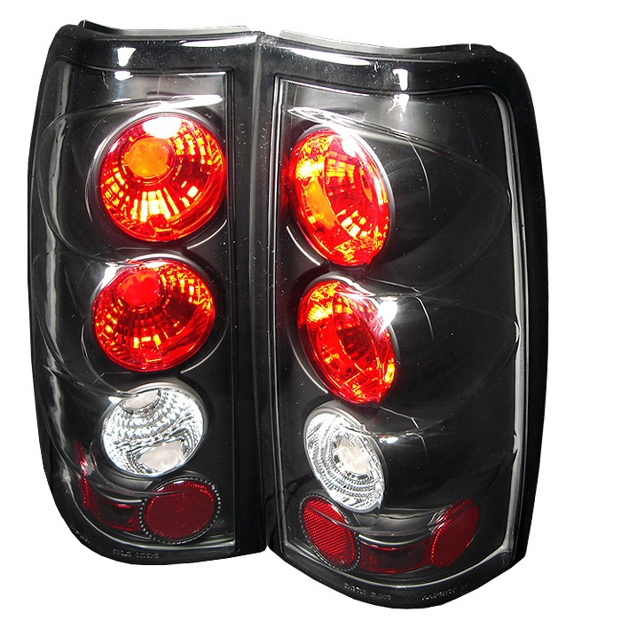 Spyder Chevy Silverado 1500/2500 03-06 ( Does Not Fit Stepside ) Euro Style Tail Lights - Black