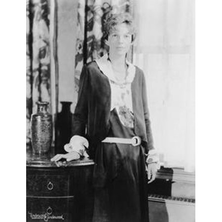 An Interactive Biography of Amelia Earhart - eBook