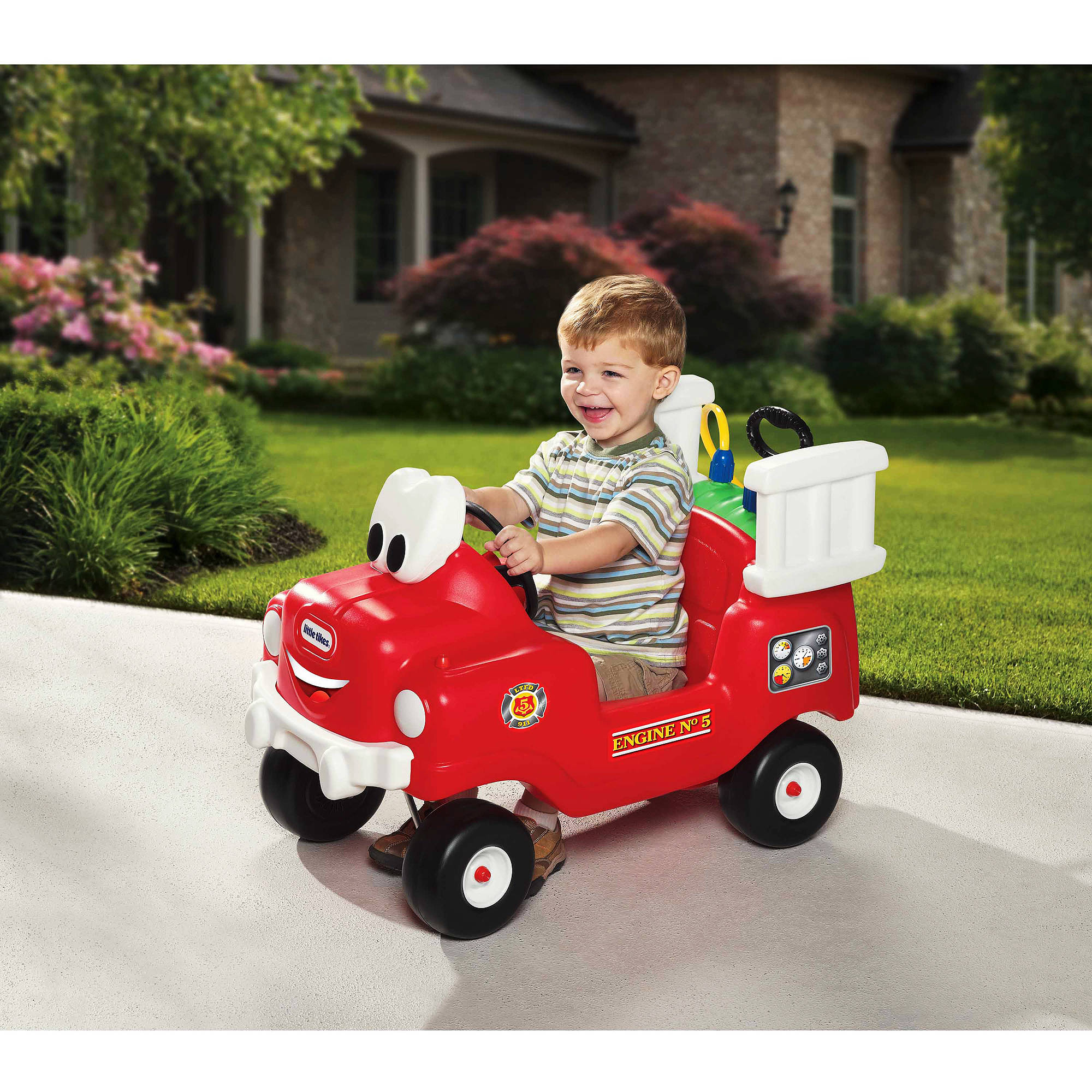 Little Tikes Spray & Rescue Fire Truck Foot to Floor Ride