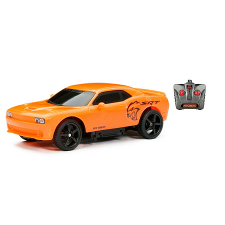 New Bright 1:24 Scale Radio Control Challenger