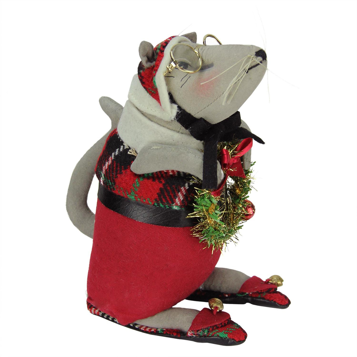 "8.25"" Gathered Traditions Grandpa Mouse Holding a Wreath Decorative Christmas Figurine"