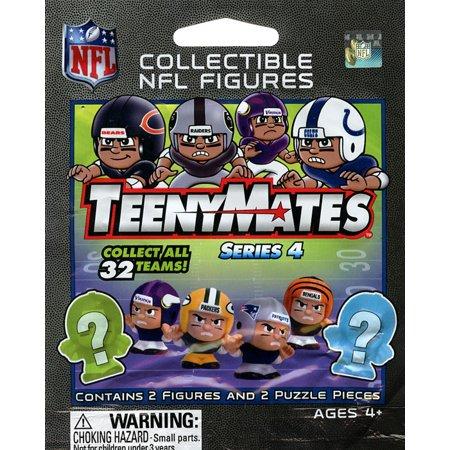 NFL TeenyMates Series 4 Mini Figures Mystery Pack