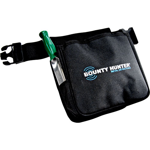Bounty Hunter Finds Pouch and Digging Tool Kit