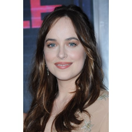 Dakota Johnson At Arrivals For How To Be Single Premiere Canvas Art     16 X 20