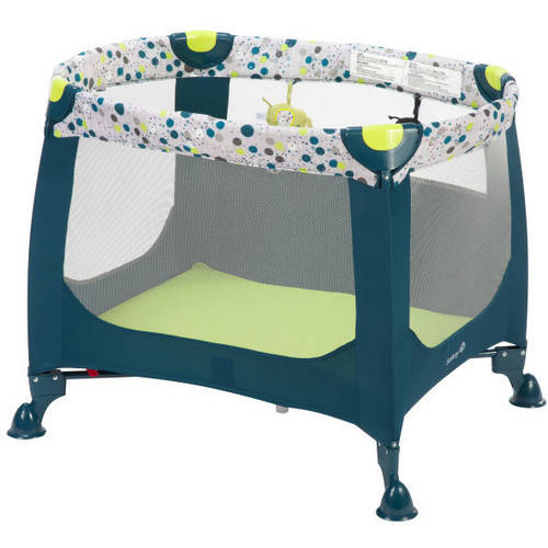 Safety 1st  Happy Space Play Yard in Confetti