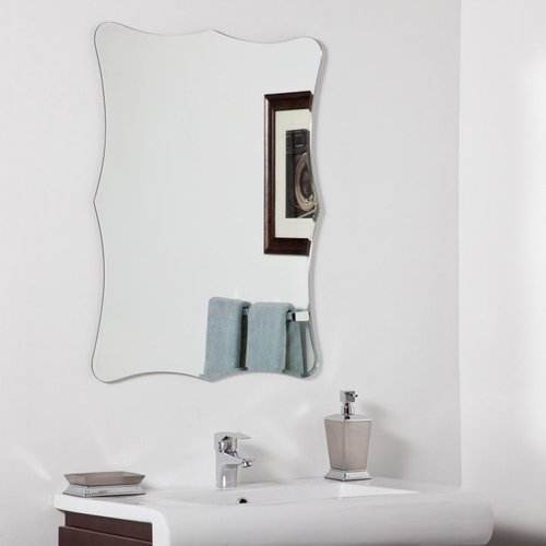 Decor Wonderland Bailey Modern Wall Wall Mirror