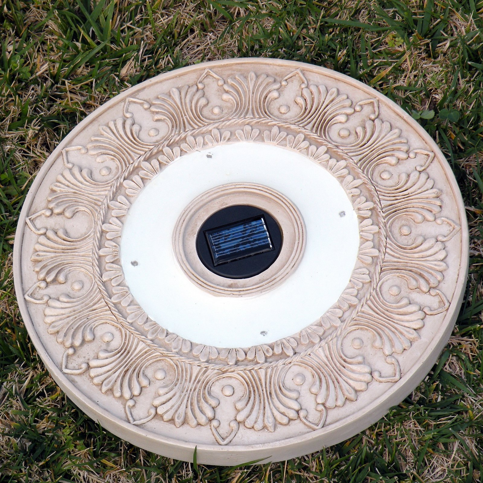 Homebrite Solar Power Round White Wash Stepping Stones - Set of 3