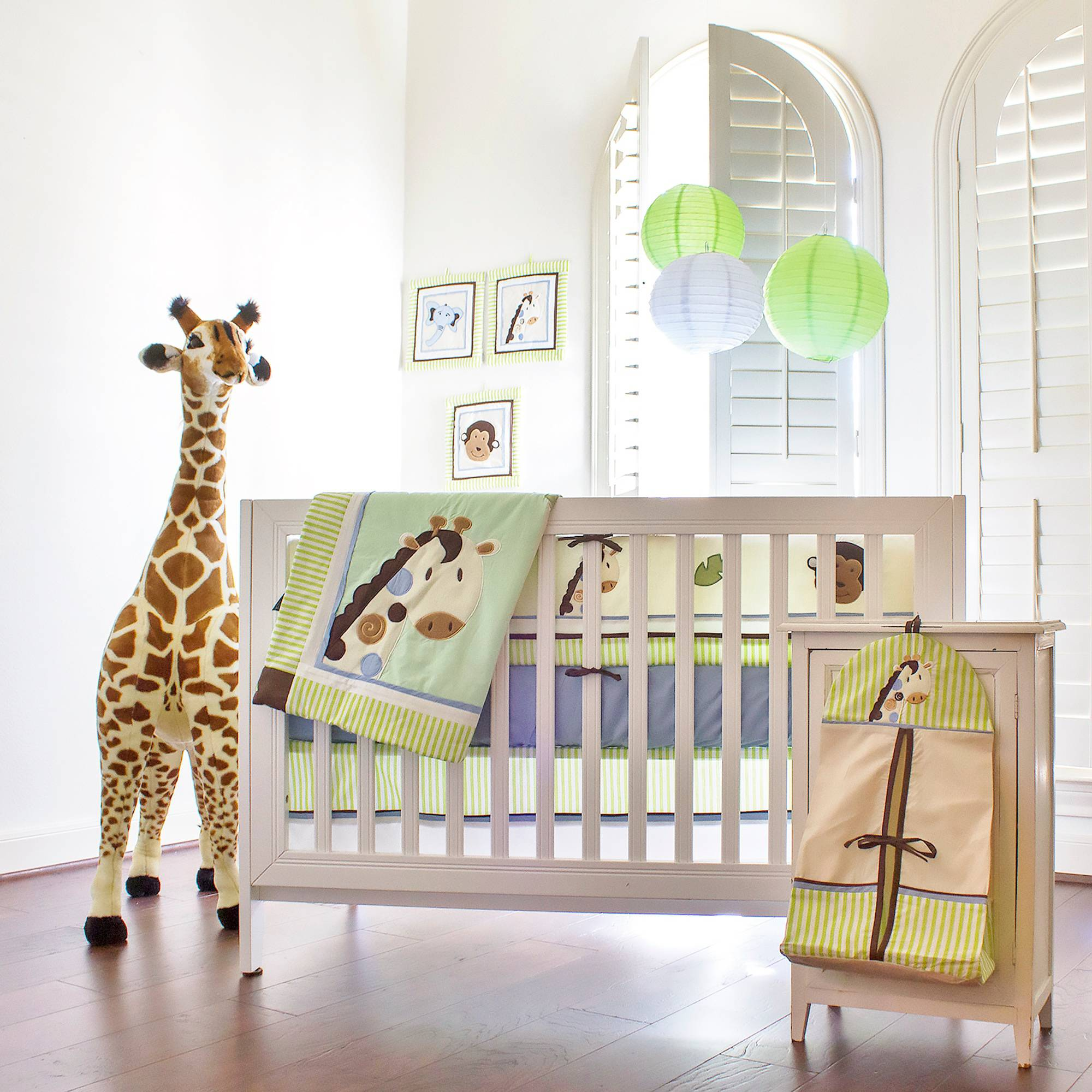 Pam Grace Creations Jayden's Jungle 10-Piece Crib Bedding Set with Bumper, Green