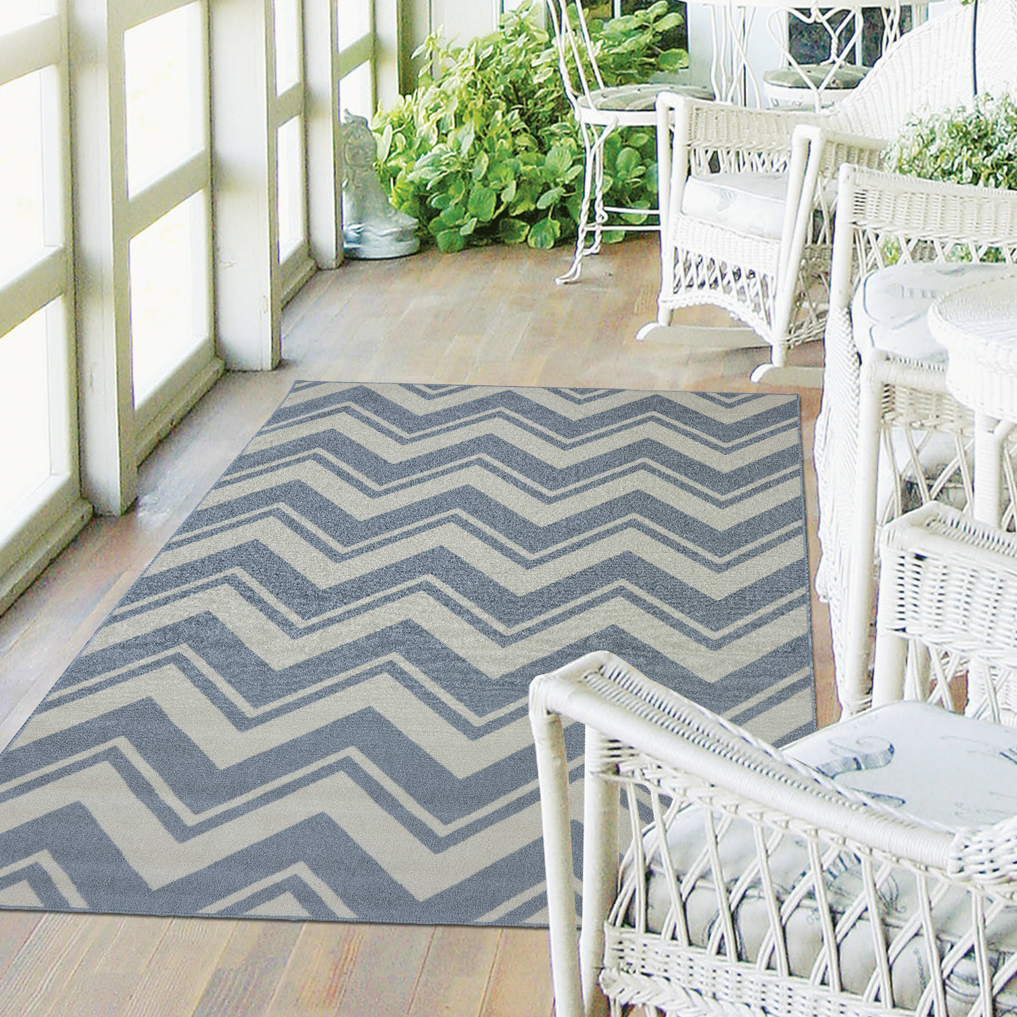 Mohawk Home Pool Zig Zag Indoor/Outdoor Nylon Rug, Blue