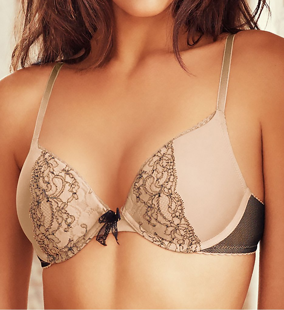 b.tempt'd by Wacoal 958247 b.dazzling Plunge Push Up Bra