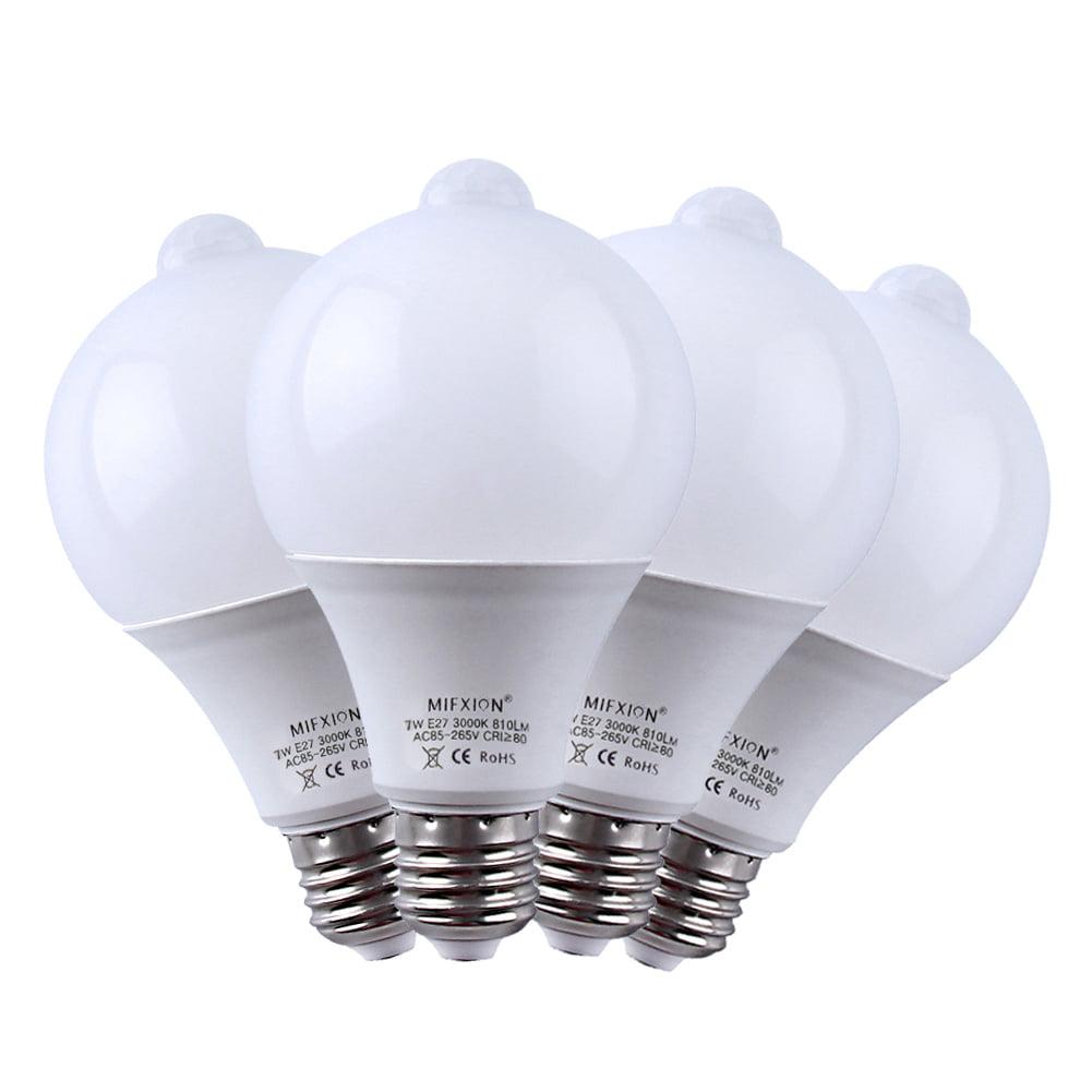 4-Pack Motion Sensor + Light Sensor Bulb, 7W 630Lumens E27 PIR LED Lamp and Dusk to Dawn Auto Switch Light Bulb for Stairs, Garage, Corridor, Walkway, Yard, Hallway, Patio, Carport - Daylight White