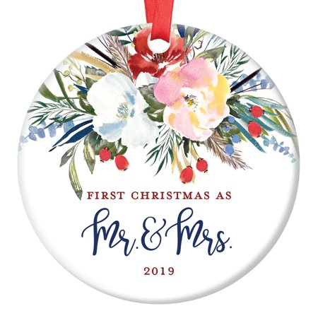 Newlyweds Gift, Christmas Ornament 2019, First Christmas as Mr and Mrs, Xmas Married Couple Gift Him Her, Pretty Floral Wreath Ceramic 3