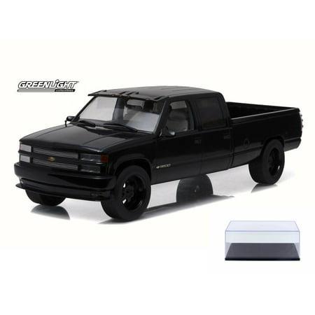 Diecast Car & Display Case Package - 1997 Custom Chevy C-3500 Crew Cab Silverado Pickup Truck, Black - Greenlight 19016 - 1/18 Scale Diecast Model Toy Car w/Display Case