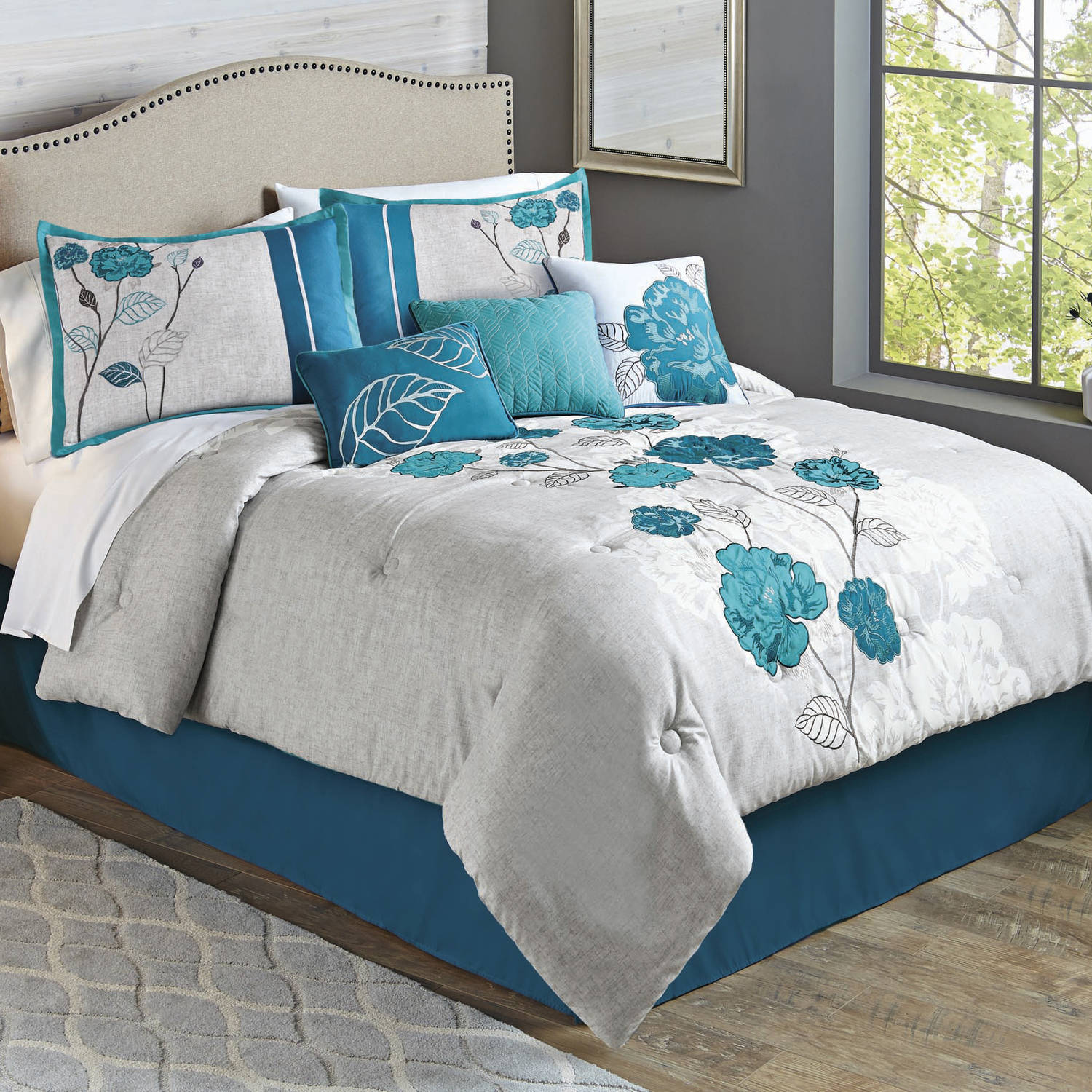Better Homes and Gardens 7-Piece Blooming Teal Roses Comforter Set by Generic