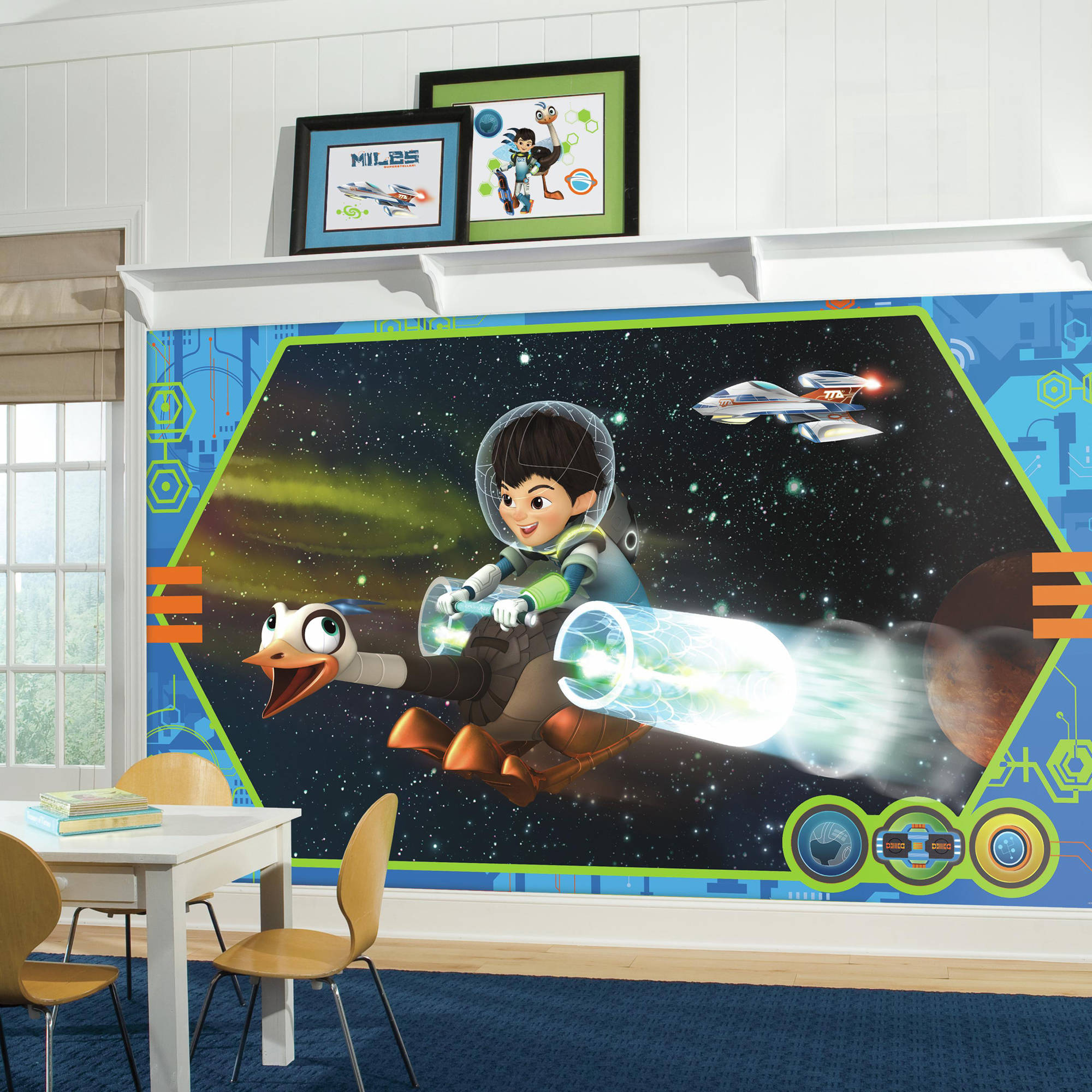 RoomMates Miles From Tomorrowland XL Chair Rail Prepasted Ultra-Strippable Mural, 6' x 10.5'