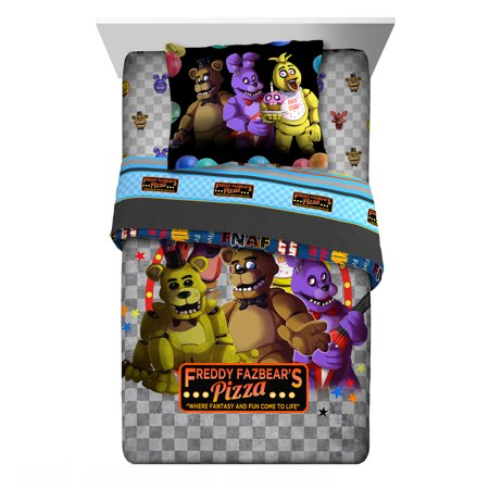 Freddy's Faztbears Pizza Twin or Full Comforter and Sharm Set
