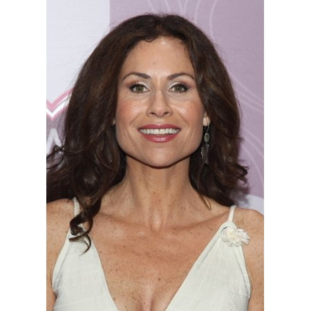 Minnie Driver At Arrivals For Keep Memory Alive 20Th Annual Power Of Love Gala Rolled Canvas Art     8 X 10